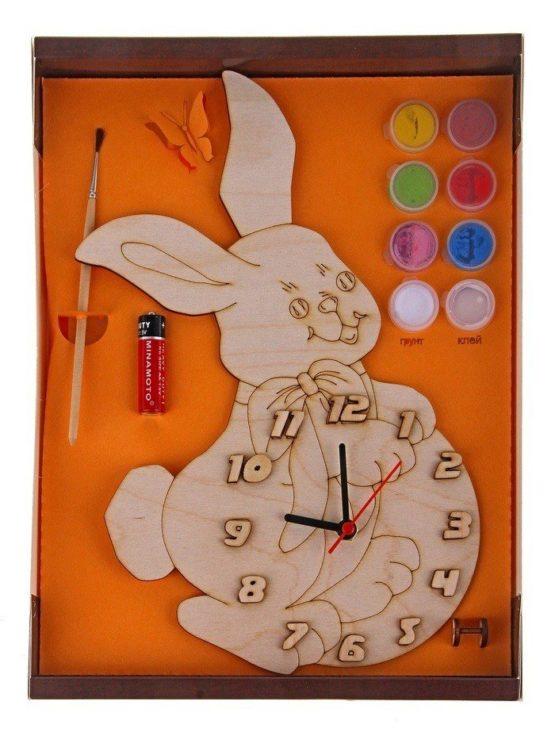 Часы с циферблатом под роспись «Зайка» с красками