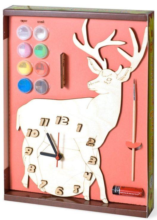 Часы с циферблатом под роспись «Олень» с красками