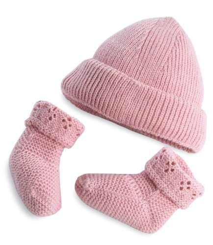 Arias Elegance набор одежды для куклы (розовая шапочка и розовые пинетки)